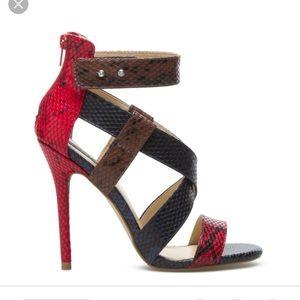 Sexy Snakeskin Stiletto Sandals!